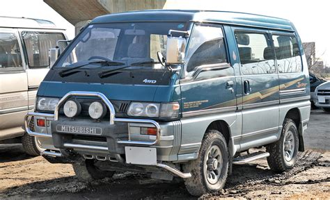 mitsubishi delica mitsubishi delica history of model photo gallery and