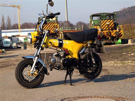 Motorrad Tuning Werkstatt Mannheim by Honda Dax 1968