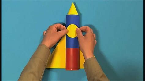 How To Make A 3d Rocket Out Of Paper - mister maker how to make a mini space rocket