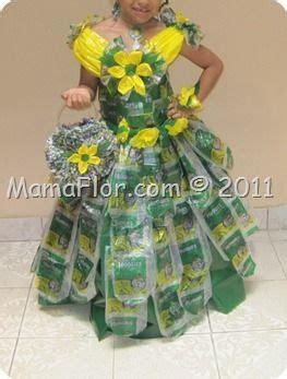 disfraz hecho de materiales reciclables disfraz vestido con bolsas plasticas disfraces material