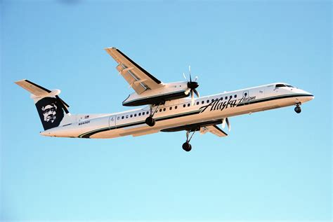 bombardier  horizon air alaska airlines flyradius