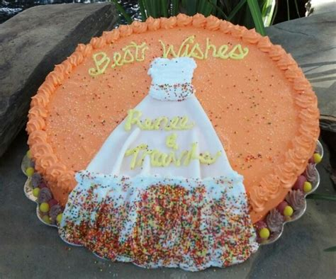fall themed bridal shower decorations fall theme bridal shower cake fall bridal shower ideas
