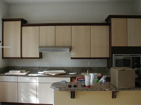 apartment kitchen cabinets painting kitchen cabinets apartment choosing color
