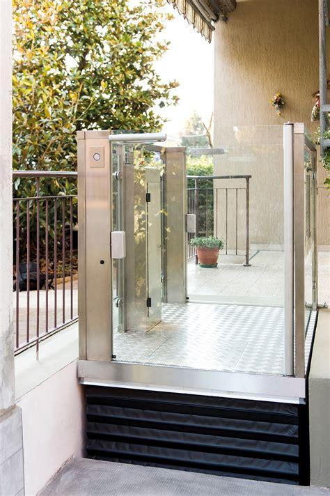 piccoli ascensori per interni prezzi montacarichi per persone interni prezzi l ascensore