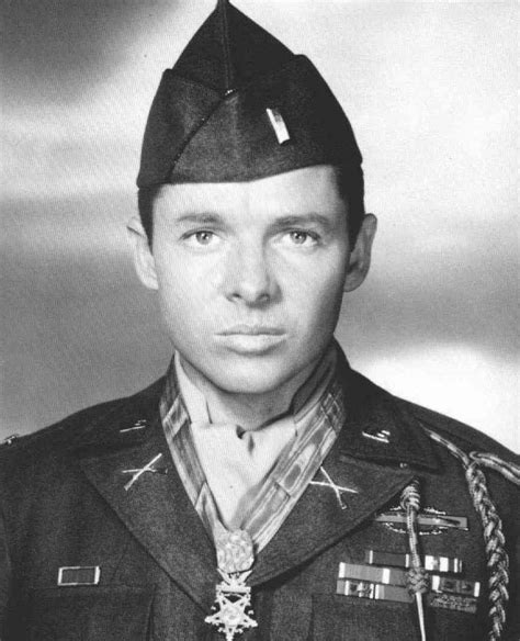 What Does Audie World War Ii Audie Murphy Trains At Fort