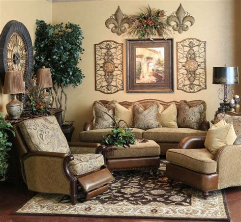 Tuscan Living Room Furniture by 25 Best Ideas About Tuscan Living Rooms On