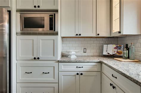 white shaker kitchen cabinets white shaker cabinets kitchen photos