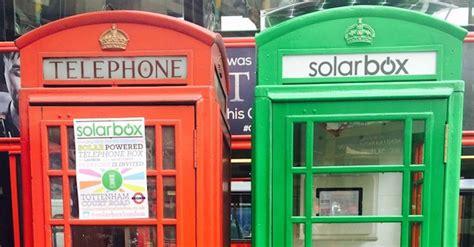 cabine telefoniche londinesi ricarica solare per cellulari nelle cabine telefoniche di