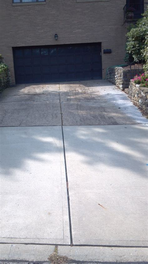 driveway slopes to garage 28 images a house in the