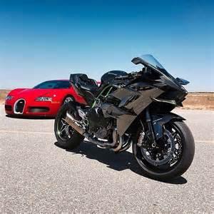 Ducati Vs Bugatti