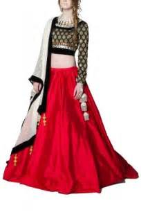 Wedding Chunni Mani Jassal Circle Skirt Lehenga Garba Pinterest Circle Skirts Circles And Skirts
