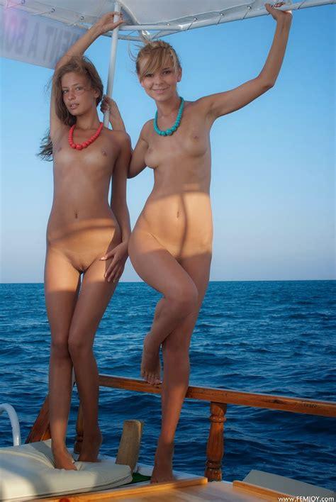 Heidy Model Sheer Hot Girls Wallpaper