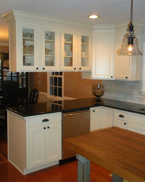 kitchen remodel features aristokraft maple cabinetry