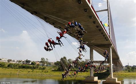 people falling off swings 149 rope jumping daredevils take the plunge in brazil in