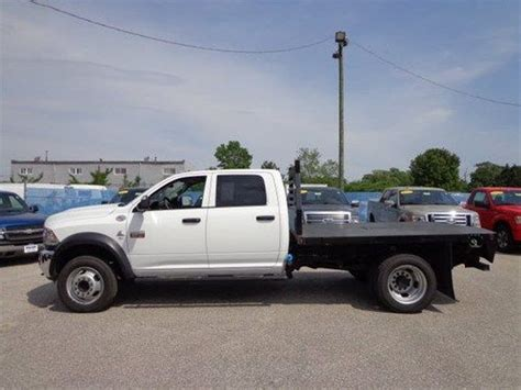 Sell used 2012 Dodge Ram 5500 Cab and Chassis with Flat