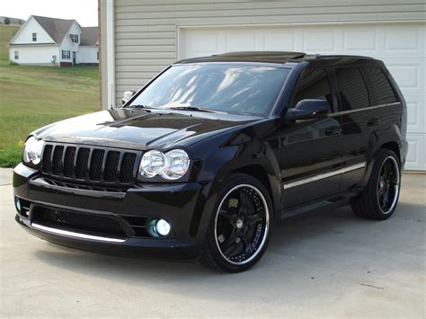 jeep grand cherokee srt modified the 2006 jeep cherokee srt8 thrwbkthrsdy