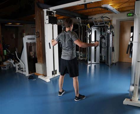 kabelzug zuhause r 252 cken 220 bungen f 252 r fitnesstudio zu hause
