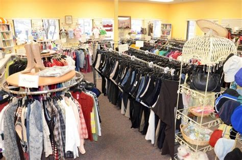 Clothes Closet Northfield by Northfield S Clothes Closet Expanding Relocating To New