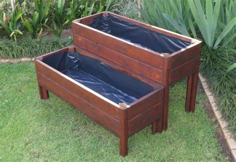 How To Build A Planter Box With Legs by Diy Planter Box Build Pallet Planter Boxes Decorationy