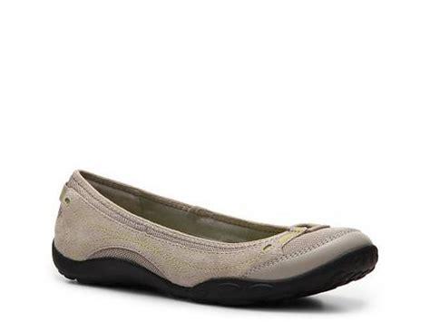 dsw comfort shoes clarks privo staarling flat comfort s shoes