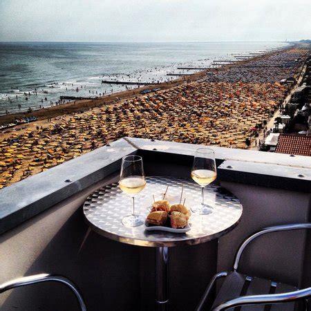 terrazze della aperitivo sulla terrazza della foto di hotel
