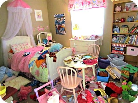 my bedroom is a mess 10 photos that will make you feel better about your kids