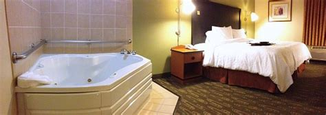 Comfort Inn San Francisco Bay Seattle Tub Suites Hotels With In Room Whirlpool Tubs