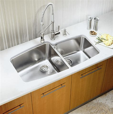 kitchen sink germs you need to sanitize your kitchen sink chicnsavvy reviews