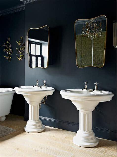 hague blue traditional bathroom farrow  ball