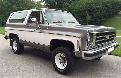 is a gmc a chevy chevrolet blazer