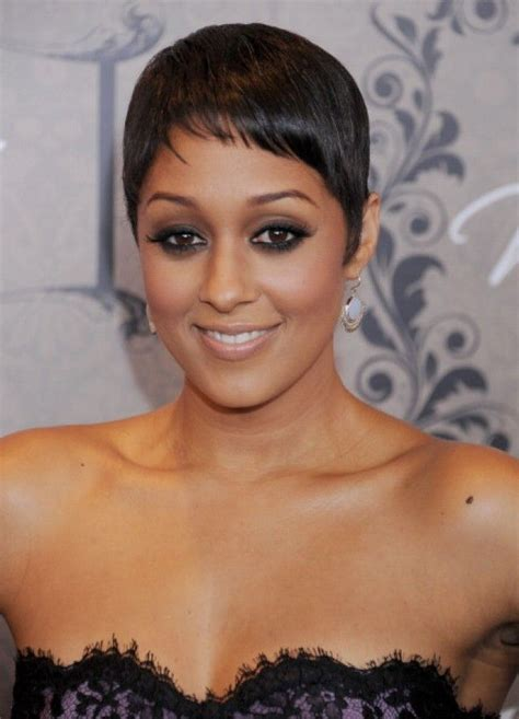 hair cuts of tia tequila tia mowry with short hair very cute on her makeup