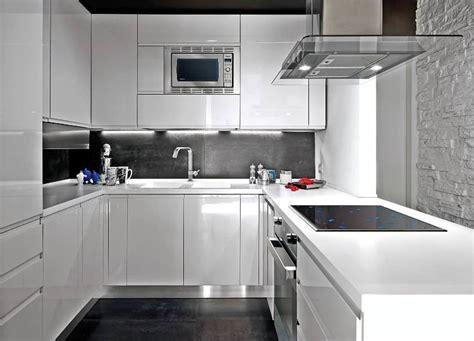 Cuisine Grise Et Blanche Design by 30 Id 233 Es Et Conseils Utiles Pour La Cuisine Blanche Moderne