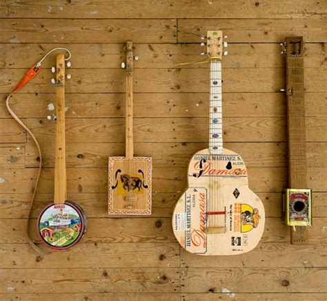 Handmade String Instruments - harm goslink kuiper s new album features his
