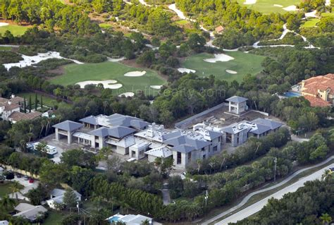 michael jordan house sold exclusive look at michael jordan s new jupiter home palm beach county real estate