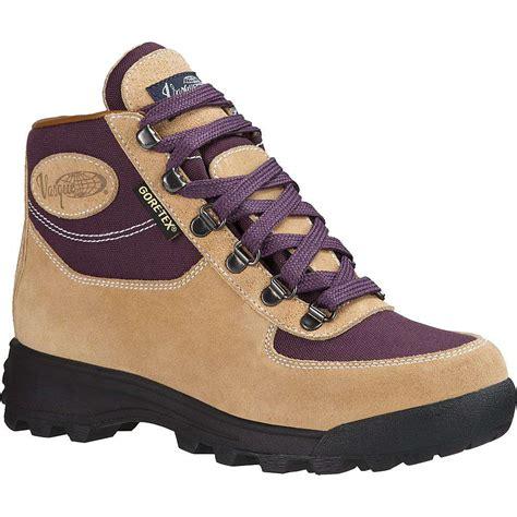 vasque womens boots vasque s skywalk gtx boot at moosejaw