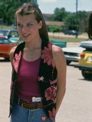 milla jovovich dazed and confused dazed and confused gave early glimpse of matthew