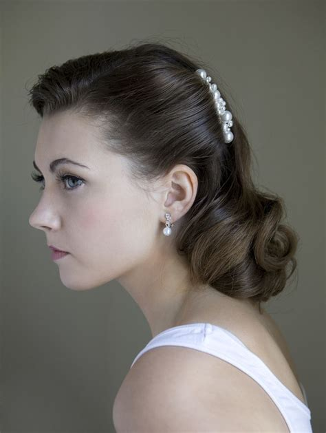 Vintage Wedding Hair Somerset by Best 25 1940s Wedding Hair Ideas On 1940s