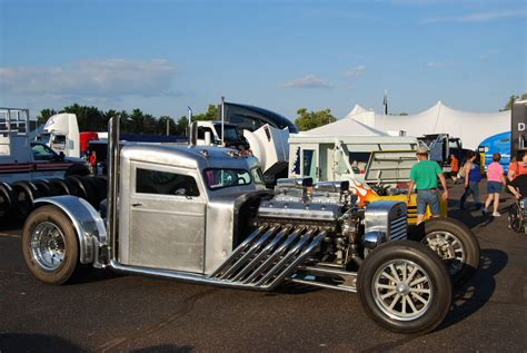 Souped Up Semi Trucks by Bad Attitude Stands Out At Big Rig Show Hotrod Hotline