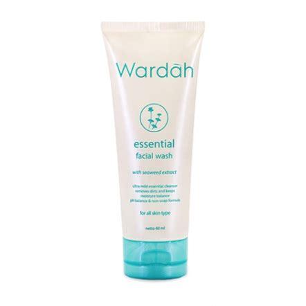 Wardah Essential Wash sociolla