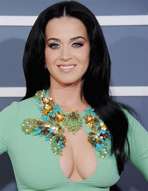 Black Hairstyles Hair Katy by Katy Perry New Hair Singer Shocks Fans With Buzz Cut
