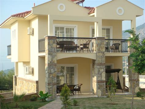 Home Design For Small Homes front of villa 01