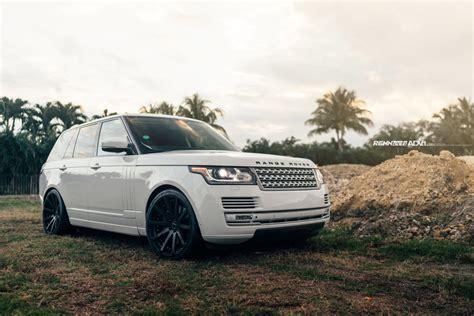 White Range Rover Hse Renntech10 Deep Monolite M V2