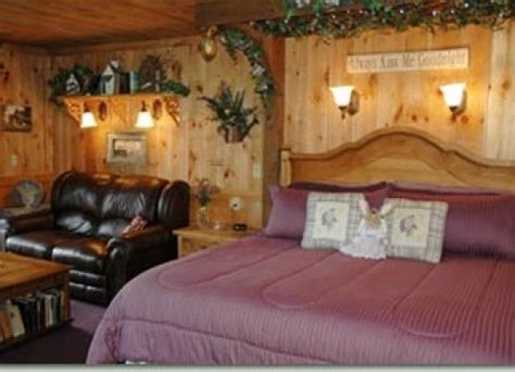 Bed And Breakfast Lake Geneva by Special Deals And Packages At Lazy Cloud Lodge Bed And
