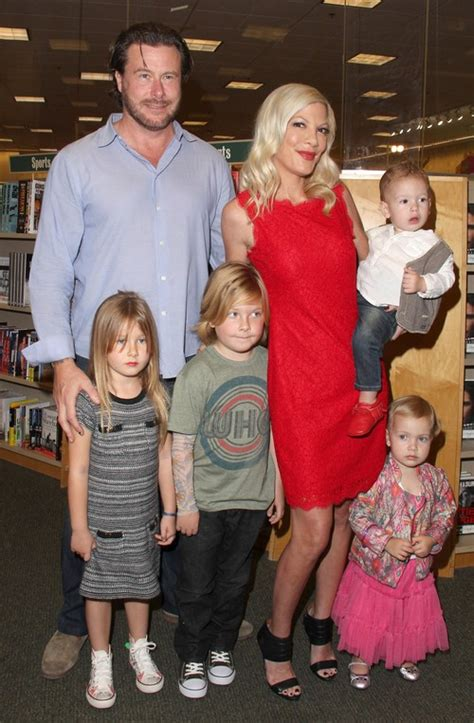 Spelling To In New Reality Show 2 by Spelling S New Reality Show Based On Dean Mcdermott S