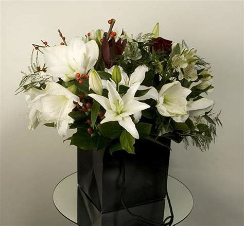 cheapest wedding flowers in july what to give momma fourth of july flower orders