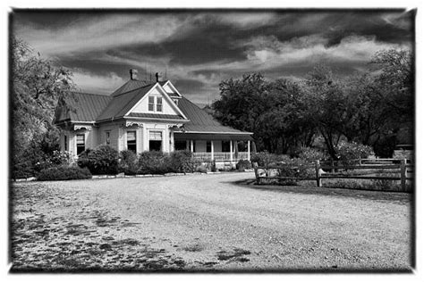 texas chainsaw massacre house inside texas chainsaw massacre house by glenn stuart