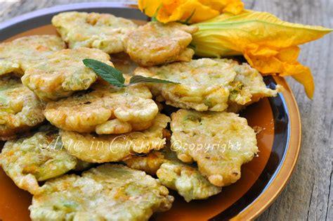 frittelle con fiori di zucchine frittelle di fiori di zucchine arte in cucina