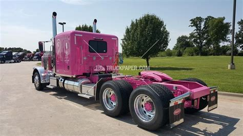 Conventional Trucks W Sleeper For Sale by 25 Best Ideas About Peterbilt 389 For Sale On