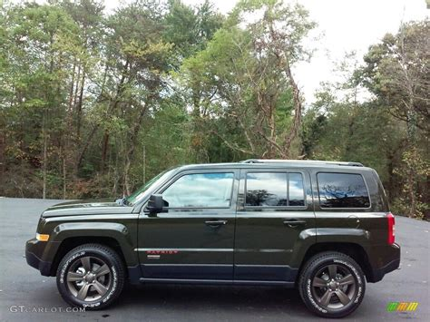 green jeep patriot 2017 2017 recon green jeep patriot 75th anniversary edition 4x4