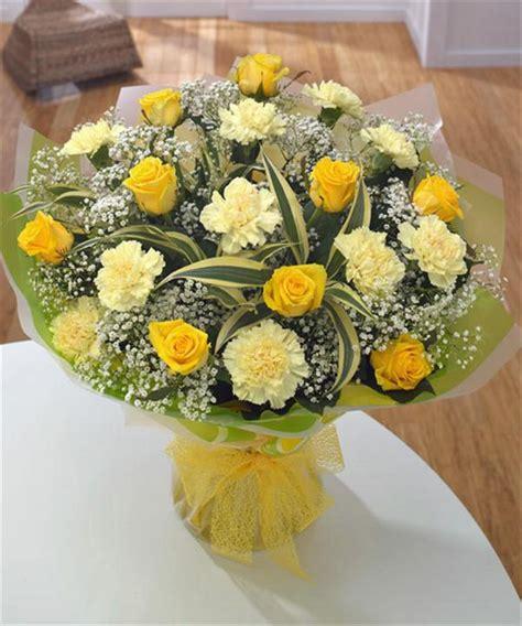 Wedding Flowers: flowers for golden wedding anniversary